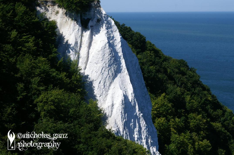 Die weissen Kreidefelsen der Ostseeinsel Rügel.